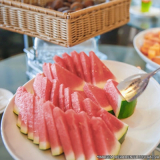 fornecimento de café da manhã com frutas na empresa José Bonifácio