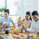 fornecimento de café da manhã para empresa Vila Mazzei